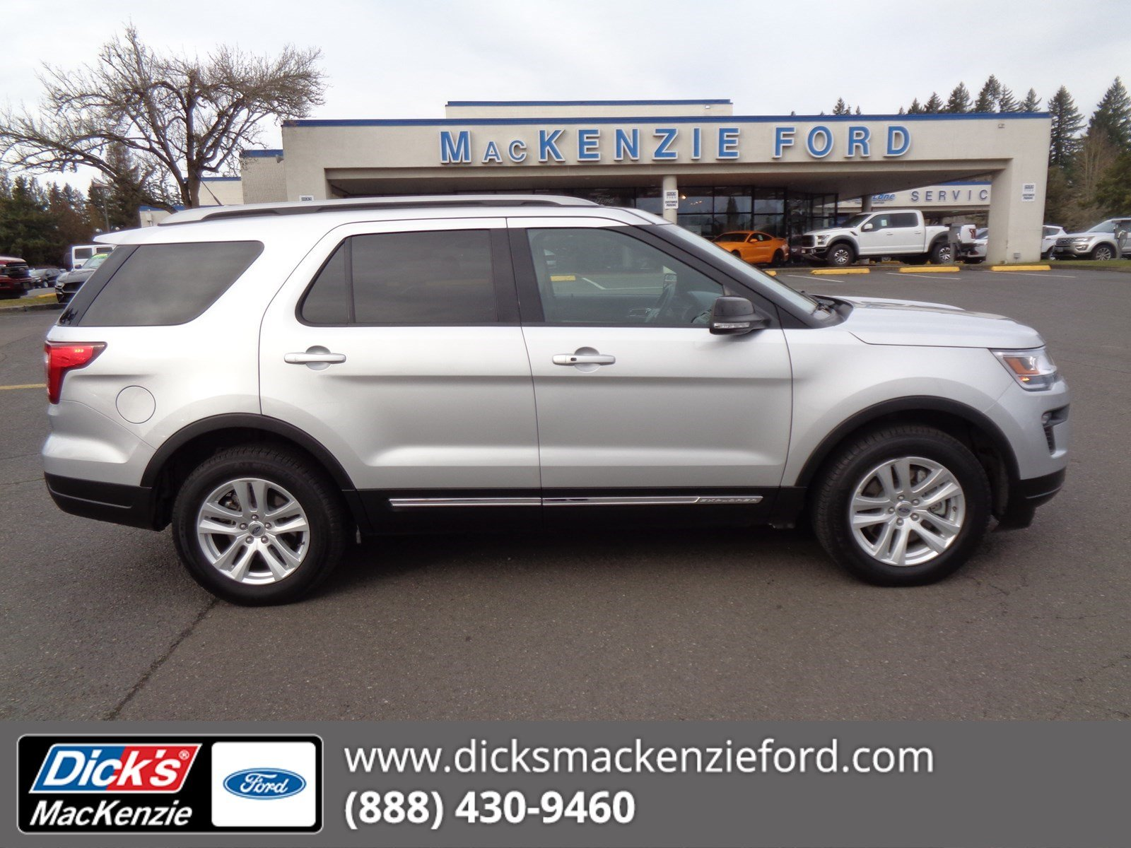 Pre Owned 2018 Ford Explorer Xlt